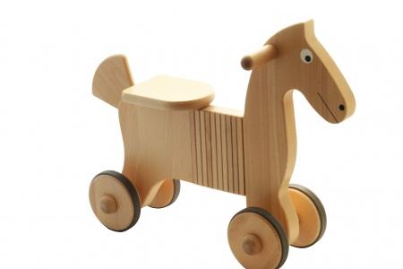http://www.theo-et-mathilde.com/1056-thickbox/porteur-en-bois-cheval.jpg