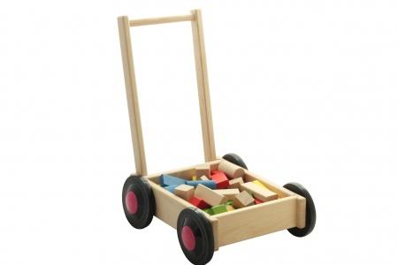 http://www.theo-et-mathilde.com/1059-thickbox/chariot-de-marche-avec-cubes.jpg