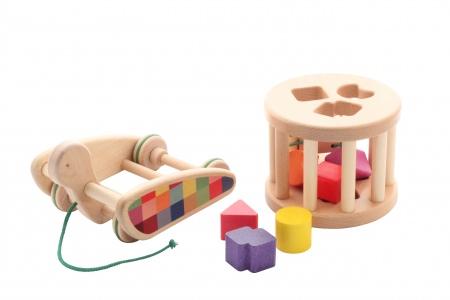 http://www.theo-et-mathilde.com/1453-thickbox/jouet-d-eveil-escargot.jpg