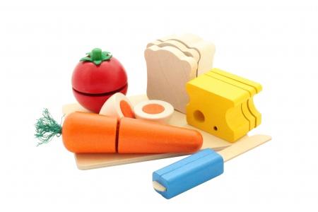 http://www.theo-et-mathilde.com/1504-thickbox/aliments-en-bois-pique-nique-selecta.jpg