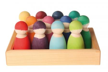 http://www.theo-et-mathilde.com/1962-thickbox/12-amis-figurines-en-bois-grimms.jpg