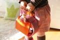 Maison de poupées mobile Rose-Orange - Facile à transporter - Maison de poupées Grimm's