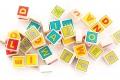 Cubes Lettres en bois pour enfant – 40 carrés - Jouets en bois de fabrication européenne - Apprendre en s'amusant