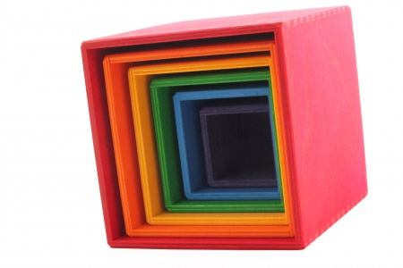 http://www.theo-et-mathilde.com/825-thickbox/cubes-a-emboiter-multicolores.jpg