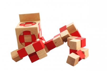 http://www.theo-et-mathilde.com/955-thickbox/casse-tete-cobra.jpg