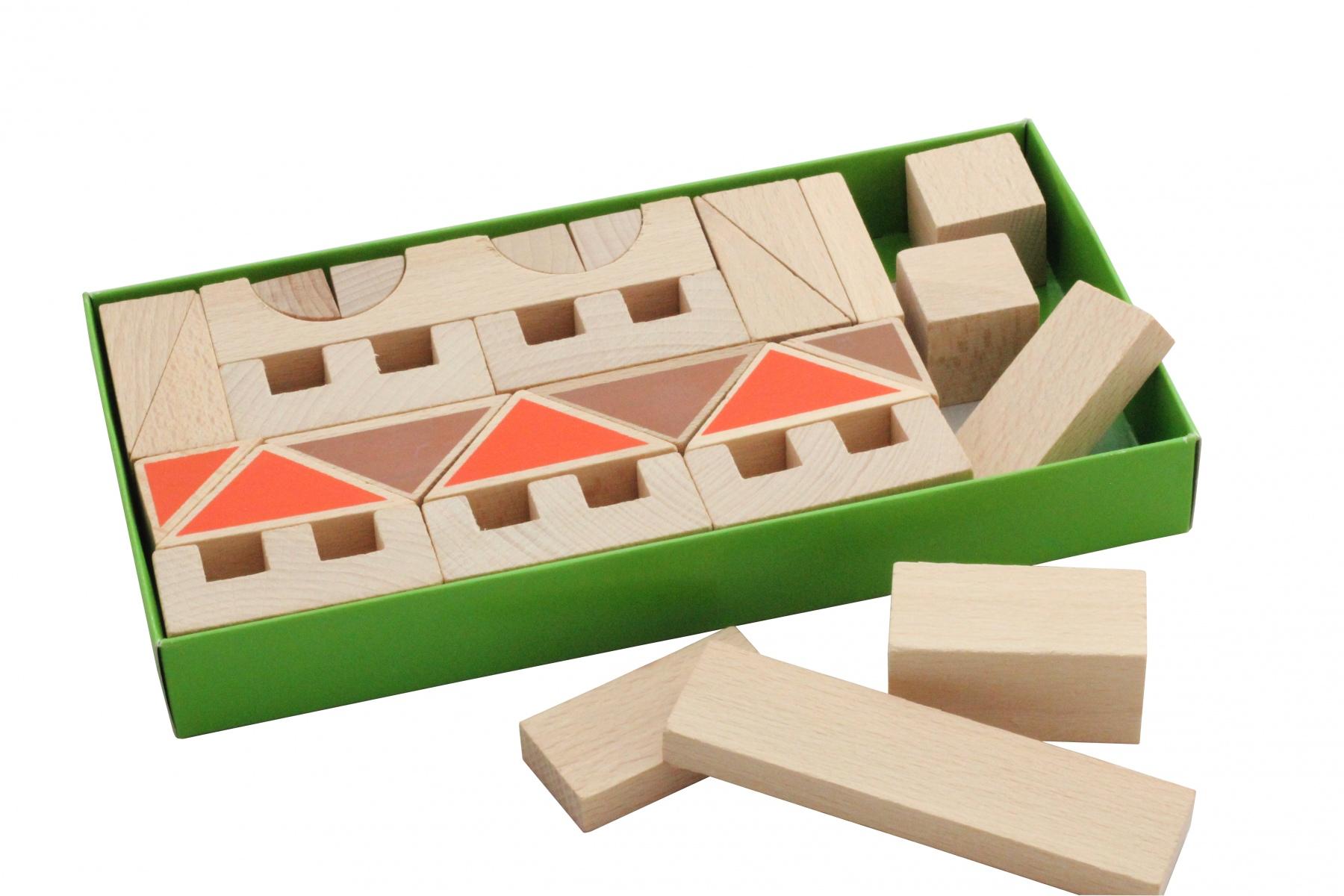 Cubes de construction en bois village for Construction cube bois